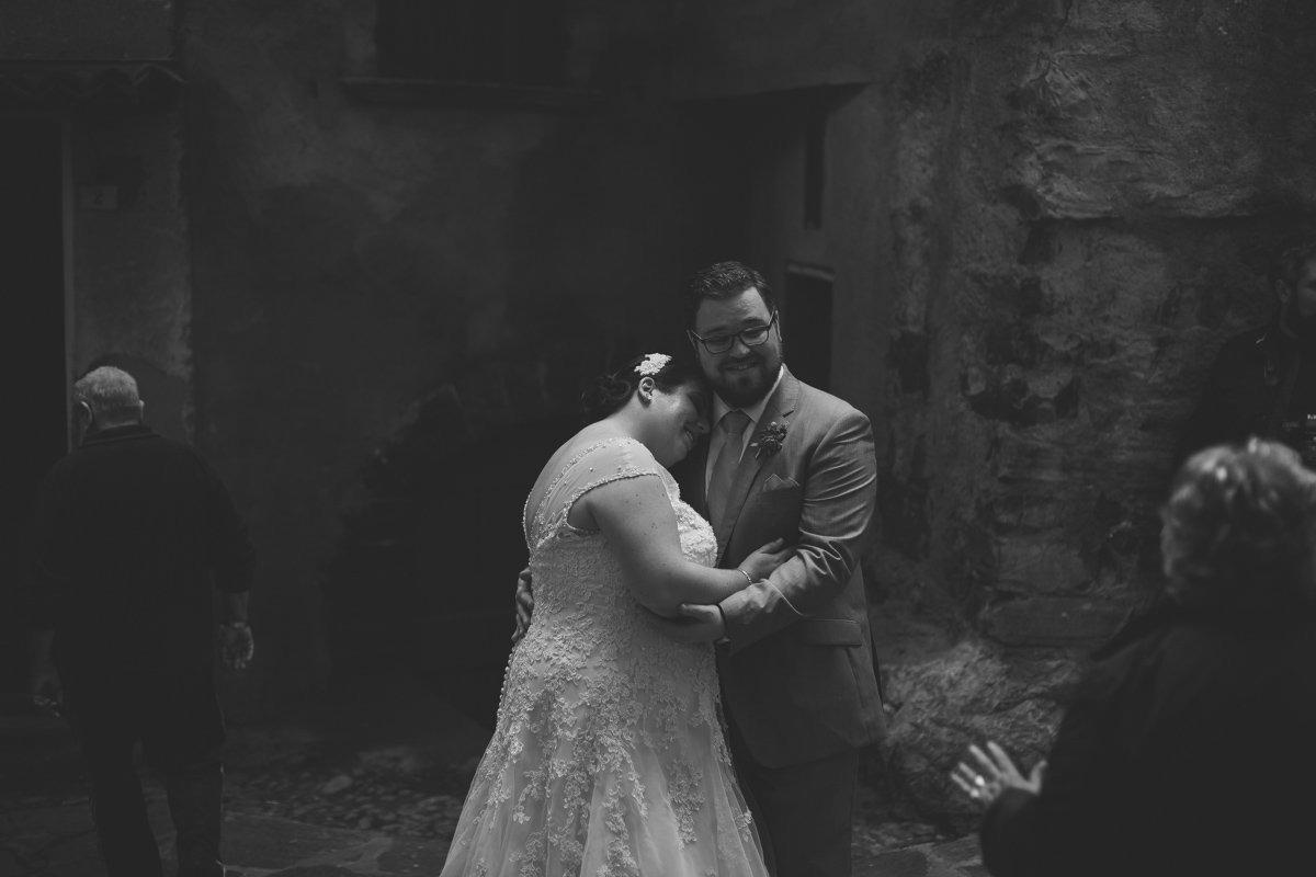 Lake Como intimate wedding. Italian wedding photographer