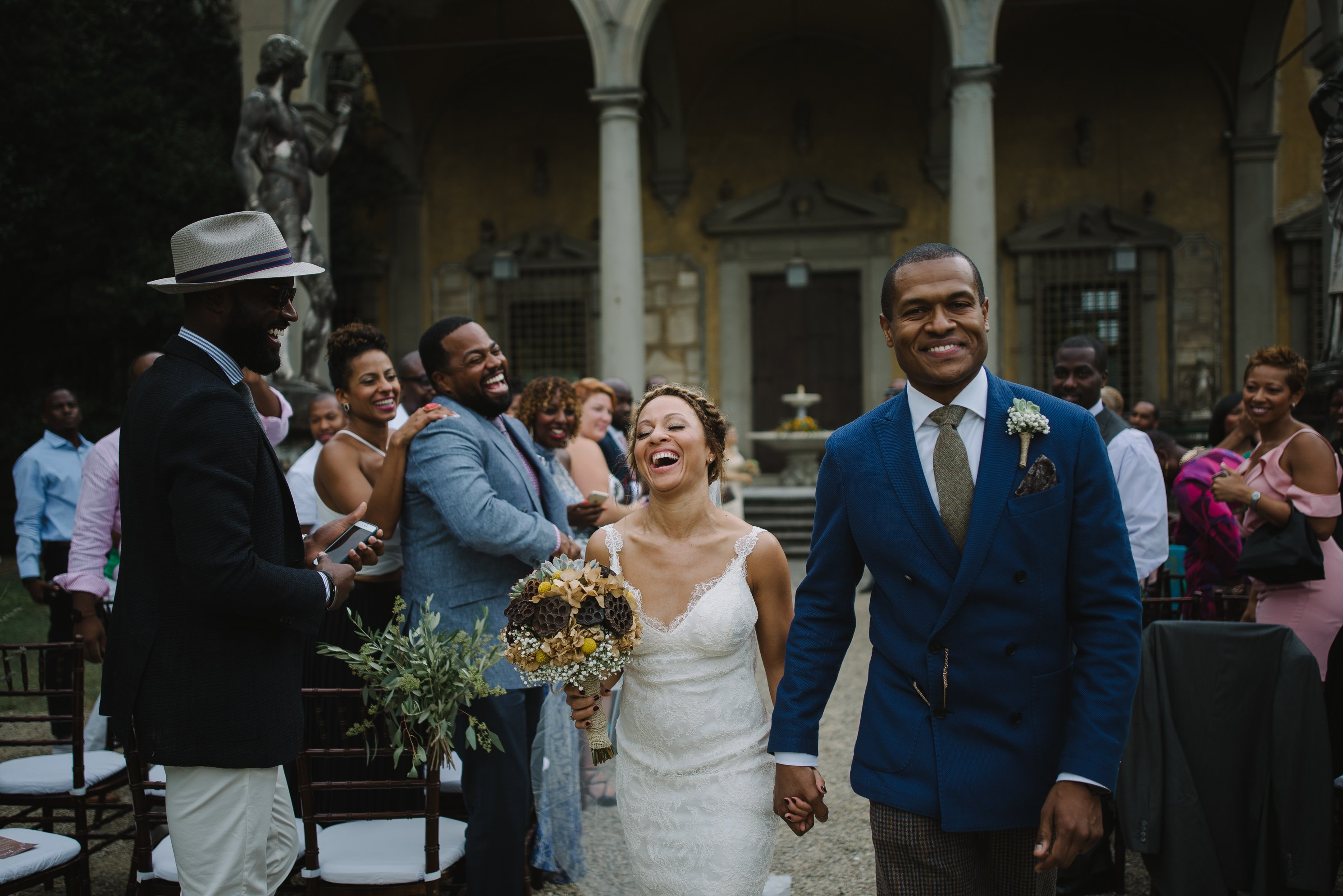 Wedding photographer at Giardino Corsini. Leticia and Troy came from US to celebrate their chic, destination wedding in Florence. Italian wedding photographer