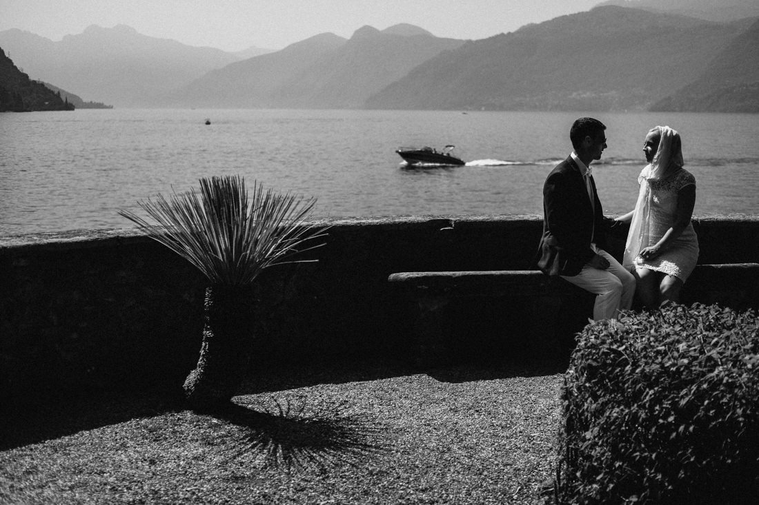 Destination intimate wedding in Como Lake, wedding in Italy lakes.